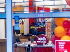 KPN en VodafoneZiggo halen winkels in en om Amsterdam leeg na overvalgolf