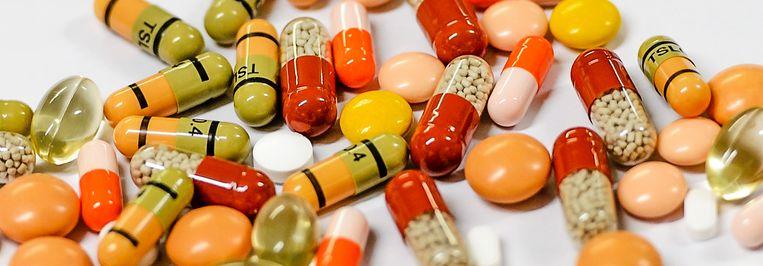 Het Amsterdam UMC wil met onderzoek naar dure geneesmiddelen de overheid helpen aan een ander medicijnbeleid.   Beeld ANP, Remko de Waal