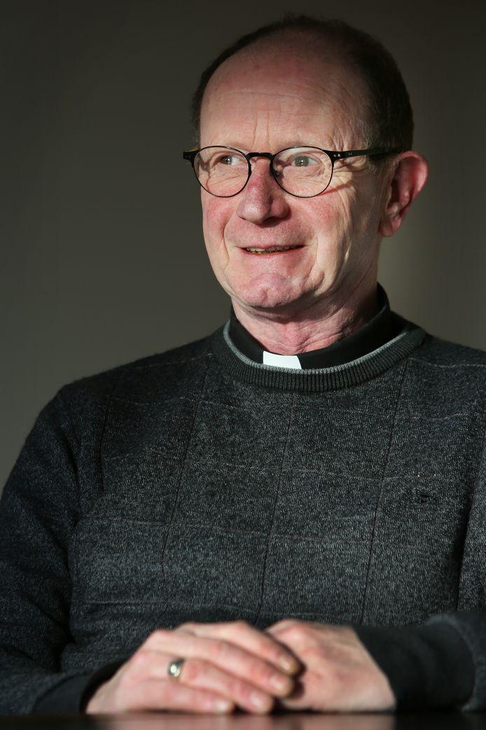 Pastoor Ronald van Bronswijk van de Roosendaalse Norbertusparochie gaat op 1 september aan de slag in Made.