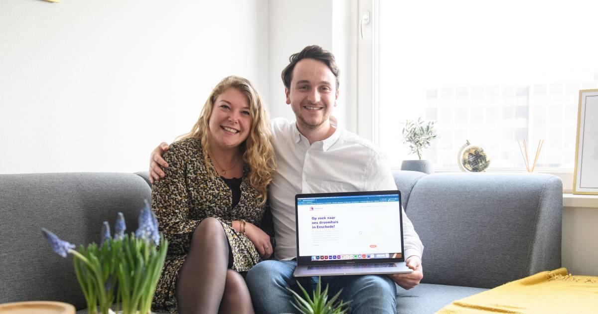 Waarom per se Funda? Dit verliefde stel zoekt op een andere, bijzondere manier naar hun droomhuis - AD.nl