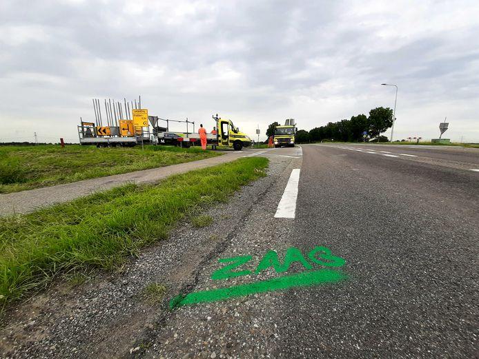 Voor het vervangen van de duiker moet de Oude Rijksweg worden opengebroken ter hoogte van de kruising met de Schapendijk.