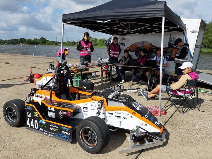 Het studenten raceteam van de TU/e doet mee aan de autonome raceklasse voor studententeams in Barcelona.