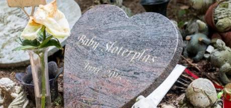 Moeder dode baby Sloterplas moet naar rechter
