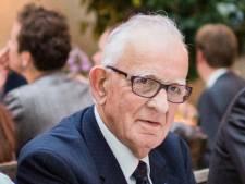 Henk Straatman (85) was supertrots op de aansluiting van Hapert op de A67