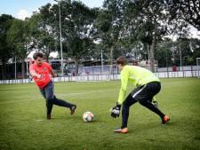 Zomerchallenge #16: Lukt het onze verslaggever om de keeper van FC Utrecht te passeren vanaf 11 meter?