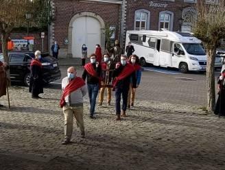 Palmzondag light in Hoegaarden 40 jaar later: wat een contrast met de 350ste editie