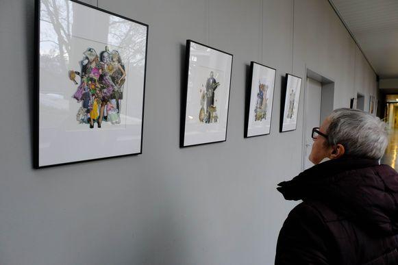 De werken van Andrea Janssens zijn te bewonderen in het gemeentehuis van Rumstf