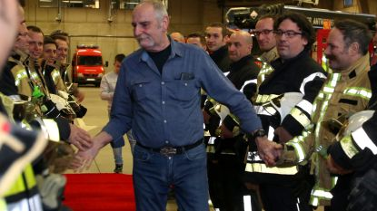 Oudste brandweerman Swa Kloots (65) na 44 jaar met pensioen