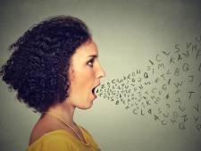 Houd je stem gezond en fit: geen menthol snoepjes en een kwartier stemrust na elk gesprek