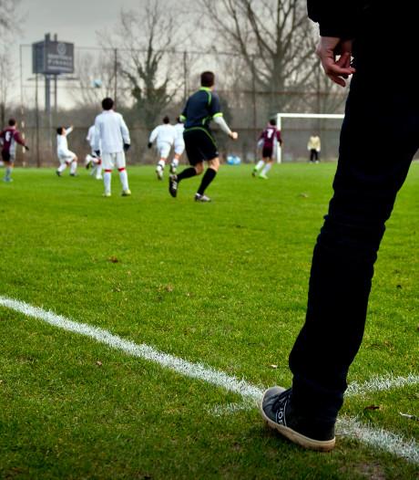Meer amateurs voetballen liever op zaterdag