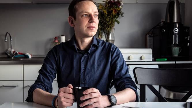Eenzame Thomas (32) slaakt hartenkreet: 'Checken jullie mij de komende tijd wat vaker? Ik word niet vaak gebeld'