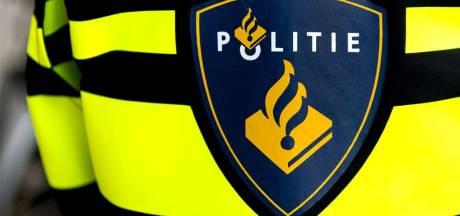 Bom onder politieoverleg ontmanteld; korpsleiding staat actie tijdens Decibel toe