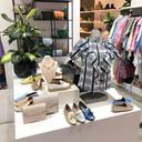 Lia Staring by M is terug op het oude nest en verkoopt naast schoenen ook dameskleding