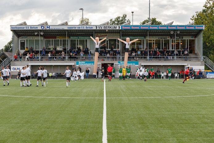 Berkum pakt in het nieuwe seizoen uit met verse shirts, een nieuwe hoofdsponsor en twee gerenommeerde aanvallers in de selectie.
