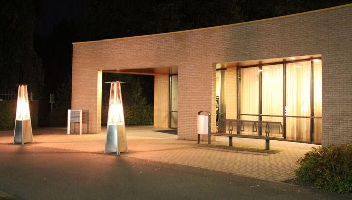 De entree van het crematorium in Aalten.