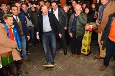 Koeman trapt nieuw restaurant open in Breda