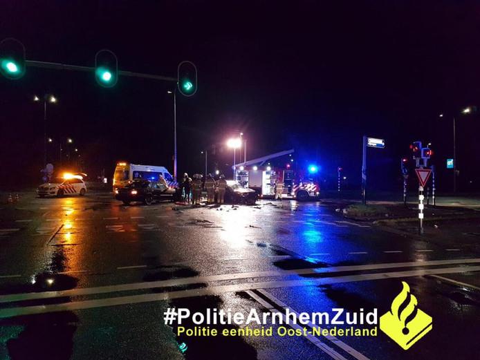 Een van de incidenten die in de nacht van dinsdag op woensdag plaatsvond in Arnhem.