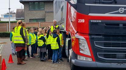 Antwerpen investeert extra in dodehoeklessen voor jonge kinderen