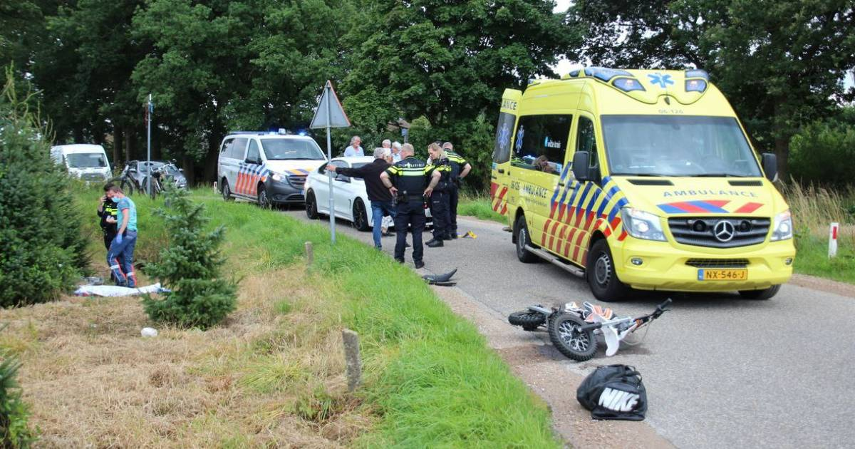 Brommerrijder gewond bij aanrijding in Wenum-Wiesel.