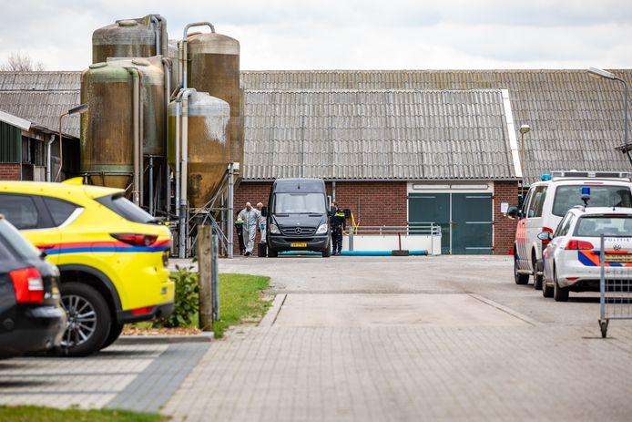 Een man uit Ommen kwam vandaag om het leven bij een bedrijfsongeval bij Balkbrug. Foto: Ginopress
