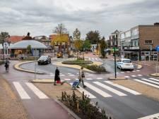 Auto's rechtdoor en fietsers maken een rondje: Veenendaal heeft een speciale fietsrotonde