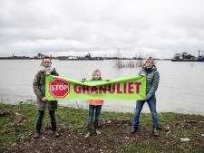 Gemeente West Maas en Waal neemt heft in eigen hand en onderzoekt granuliet in Over de Maas zelf