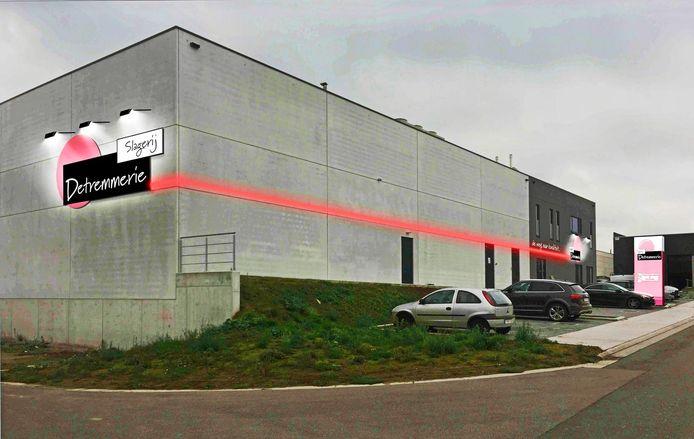 De nieuwe winkel werd gebouwd in de ambachtelijke zone Hoogmolen.