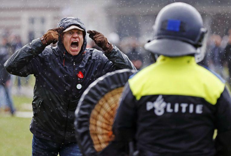 Op het Museumplein in Amsterdam werd geprotesteerd tegen de regering.  Beeld ANP