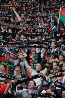 'In september betaald voetbal mét toeschouwers op 1,5 meter van elkaar'