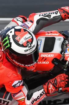 Lorenzo verslaat Márquez in Oostenrijk na heerlijk duel
