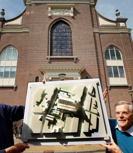 Bijna honderd jaar oude ramen met de Gorcumse martelaren krijgen plek in de binnenstad