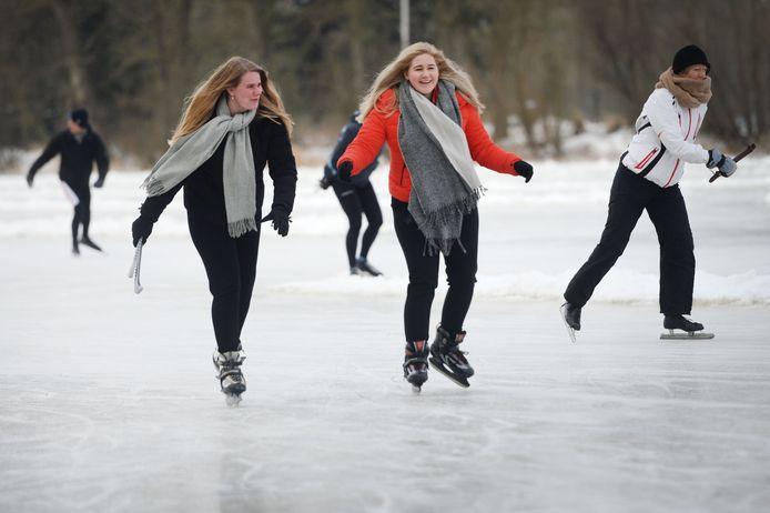 Heerlijk schaatsen in Zenderen.