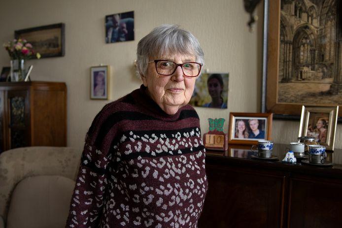 Grarda Pelger gaat dan toch verhuizen, na drie jaar strijd en een leven aan de Hilledijk. 'Het gaat gewoon niet meer.'