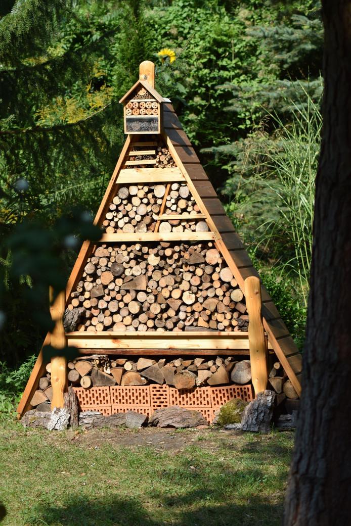 Een bijenhotel. Foto ter illustratie