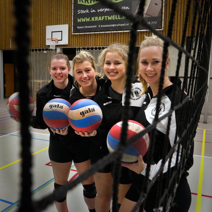 De vrouwen van Kraftwell Symmachia (op de foto v.l.n.r. Eefje Harmsen , Denise van Rietschoten , Nienke Compagne en Esther Verbraak) zijn kampioen.