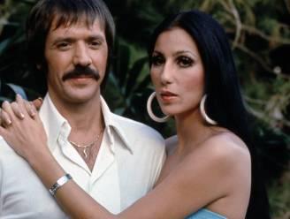 """Cher klaagt weduwe van Sonny aan voor miljoen dollar: """"Ze houdt inkomsten achter"""""""