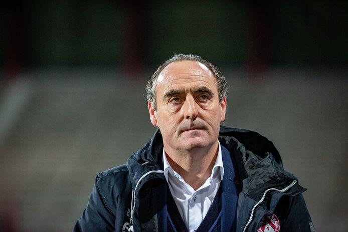 Yves Vanderhaeghe.