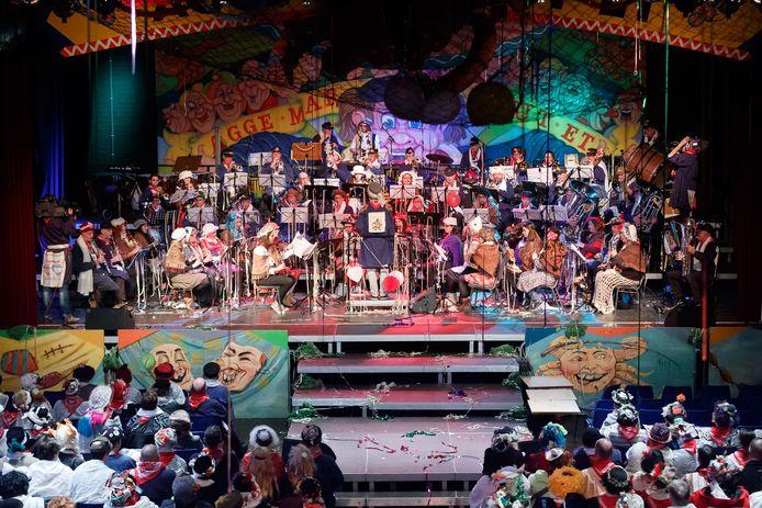 Op het jaarlijkse Vastenavendconcert van De Sjefkes in De Stoelemat in Bergen op Zoom staat voor 12 februari 2022 ook een optreden ingepland van de gróótste jeugddweilband ook waarvoor nu muzikanten van 8 tot 16 jaar worden geworven.
