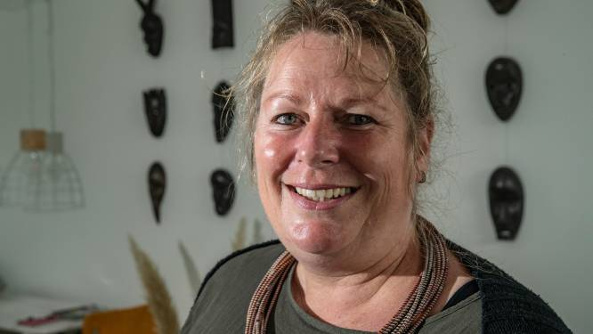 Na extreme jaren in Afrika belandde Colinda (51) in het ziekenhuis, nu is ze halsoverkop terug in Twello