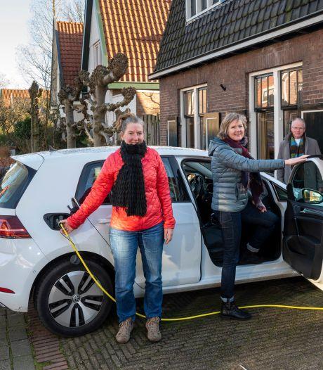Tweede auto de deur uit dankzij goedkope deelwagen: 'Goed voor het milieu en voor het aanzicht van de straat'