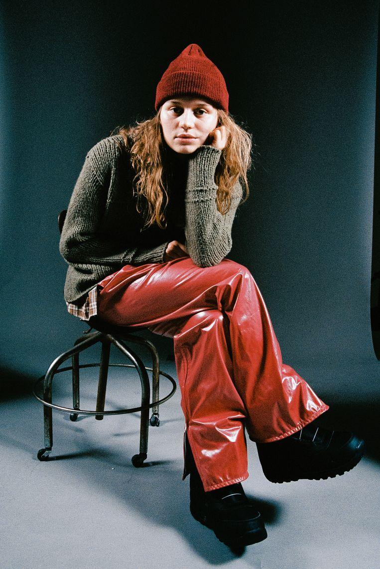 Girl in red, oftewel Marie Ulven (22). Beeld