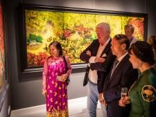 Ambassadeur opent Vietnam-expositie in museum No Hero: 'Een wereld vol schoonheid waar nog geleefd wordt met de oorlog'