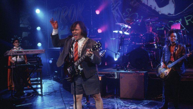 Jack Black als Dewey Finn en twee leden van zijn schoolrockband in The School of Rock Beeld