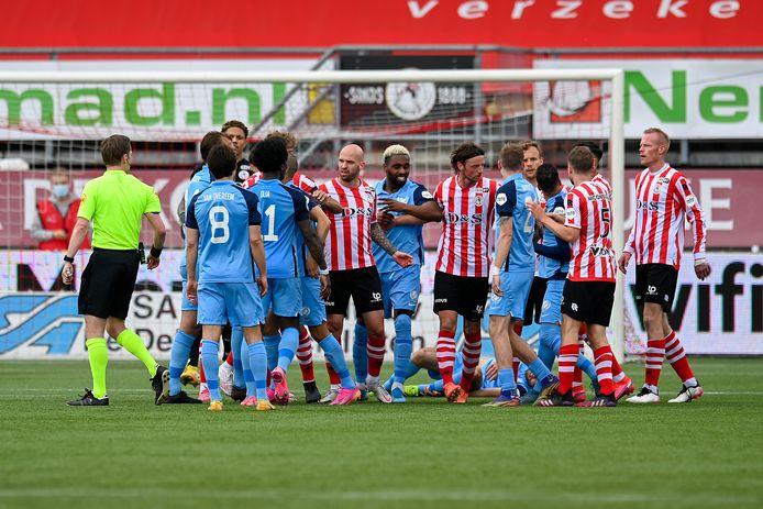 Een opstootje bij Sparta - FC Utrecht.