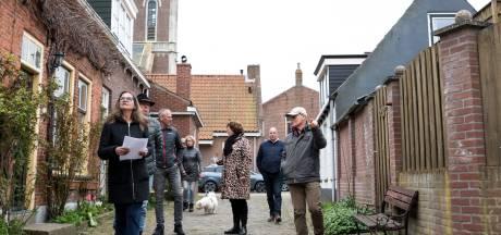 Een ommetje met de heren uit het Zonnemaire van vroeger tijden: d'Ouwe Smisse organiseert beleefroutes door het dorp