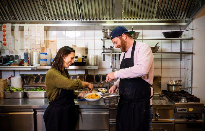 Holy Ravioli-eigenaren Tim van Gijzel en Kirsten Beil.