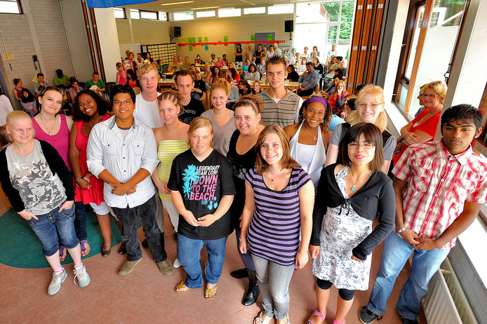 In 2010 werden voor het eerst diploma's uitgereikt op de PI-school van de Hondsberg in Oisterwijk.