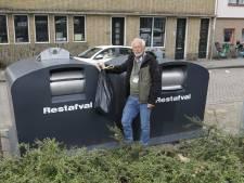 Dit is waarom de nieuwe afvalcontainers van Irado in Schiedam vaak overvol zitten