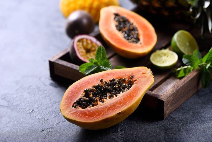 Papaja is een heuse vitamine-C bom volgens huisarts Rutger Verhoeff.