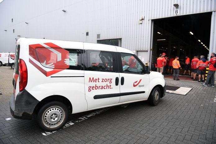 Het personeel van het bpost-distributiecentrum in Kortenberg heeft het werk woensdag neergelegd.